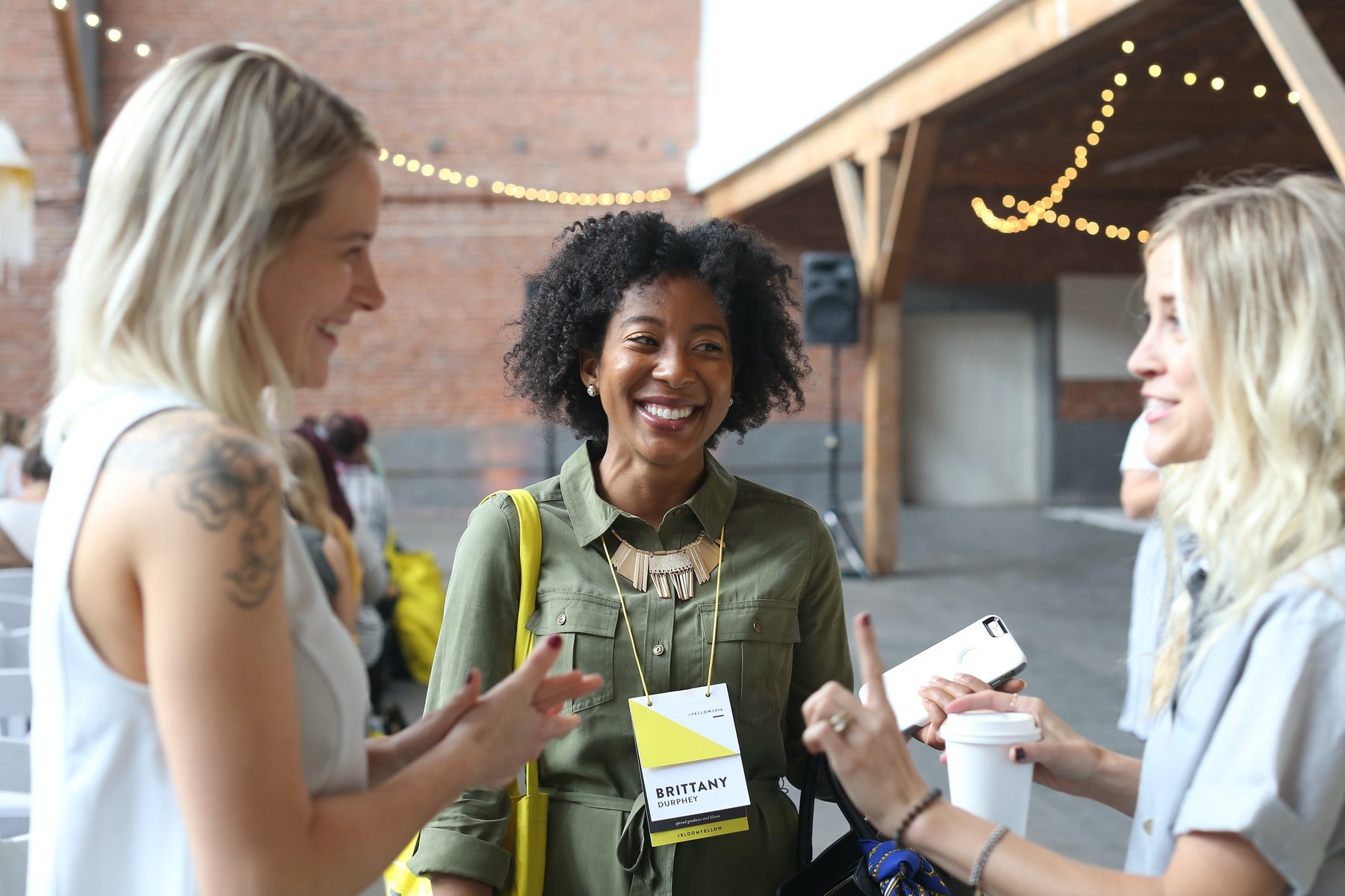 How to Network as an Introvert - The Yellow Room